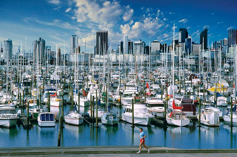 Boats-waterfront-Auckland-New-Zealand
